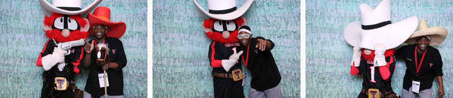 raider red photo booth