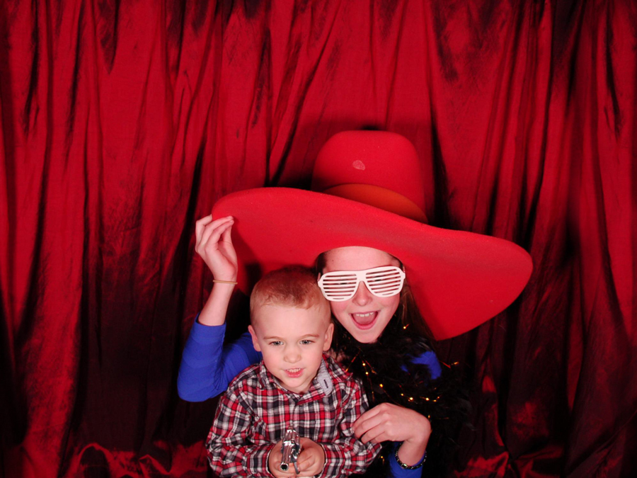 lubbock family in photo booth