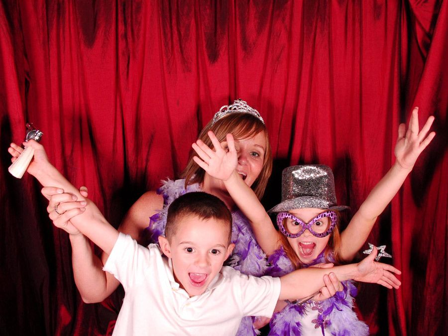 kids in photo booth
