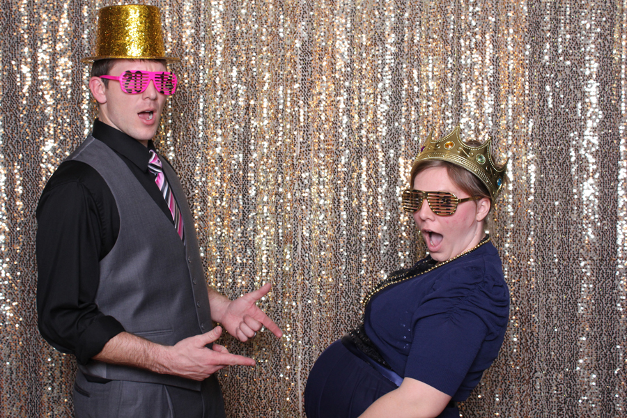 couple pregnant in lubbock photo booth