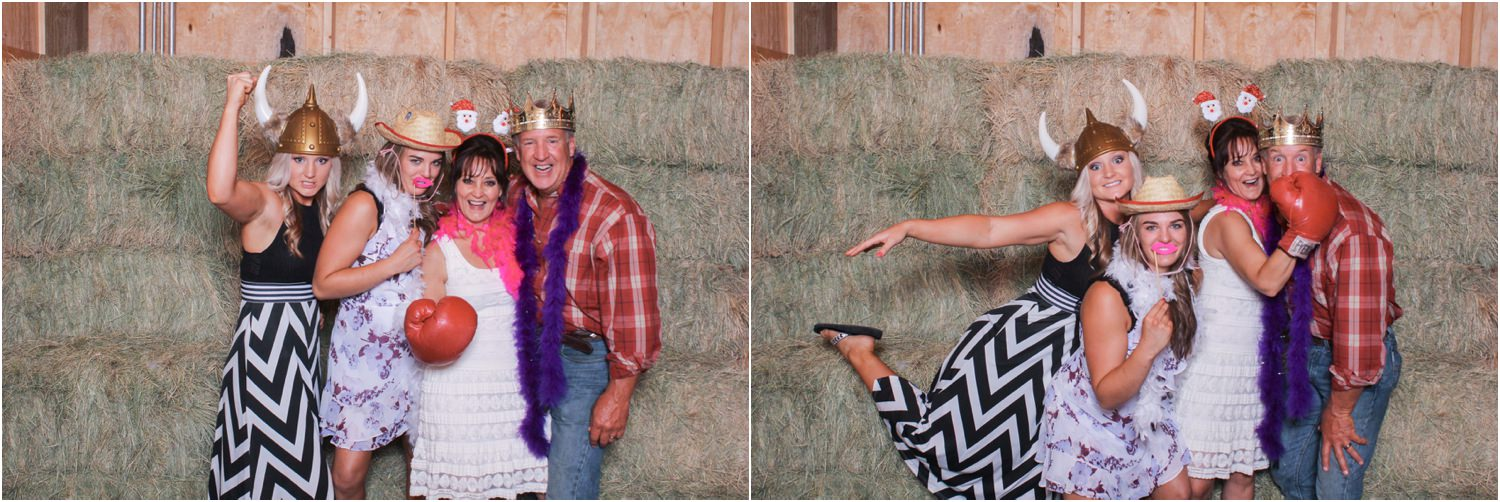 lubbock barn wedding photo booth